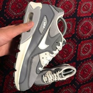 Shoes - Nike AirMax 90s